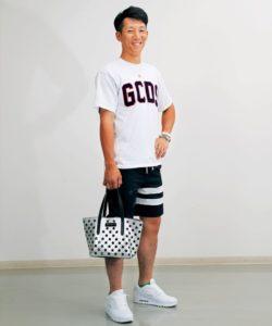 西川龍馬がおしゃれでかっこいい!人気Tシャツの購入方法はもう見た?
